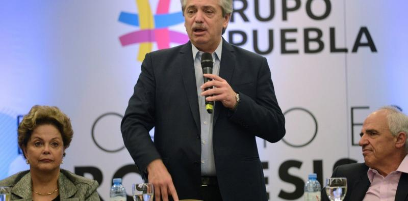 Alberto felicitó a López Obrador por rescatar a Evo Morales y cuestionó a Estados Unidos