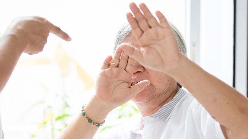Violencia contra personas mayores: 5 de cada 10 agresores son los hijos