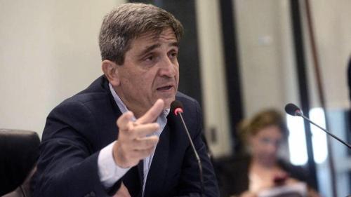 Nadie está intentando cerrar el sector privado, aclaró Yedlin sobre el sistema de salud